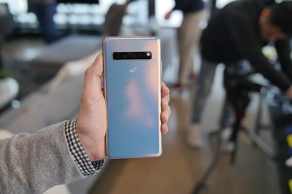 「Galaxy S10 5G」の価格が判明に。さらに「SIMフリーモデル」も「eBay」で販売されていたので購入してみた。