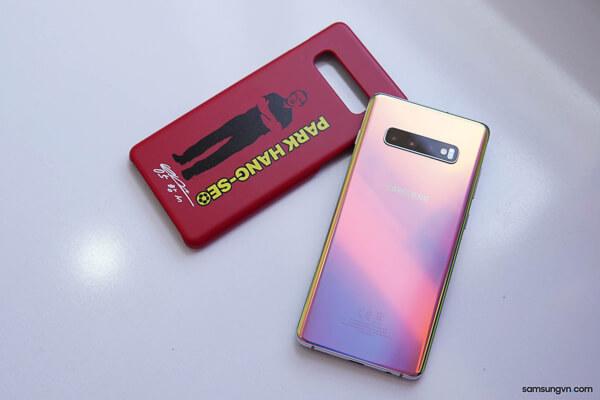 ある意味「新記録を達成に?「DoCoMo」の「Galaxy S10+」が発売開始「1ヶ月」でほぼ「欠品」状態に。