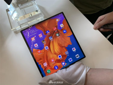 「Galaxy Fold」と異なり。「Huawei Mate X」Android10/β版「配信」開始