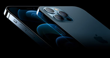 めっちゃ売れている。「iPhone 12」は「iPhone 11」の2倍の売上を記録
