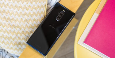 「Xperia 1」と「Xperia 5」。Android 11で「外部画面機能」対応せず